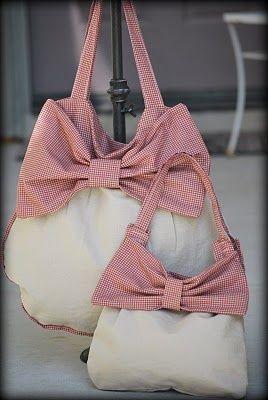 Handbag with bow sewing pattern.