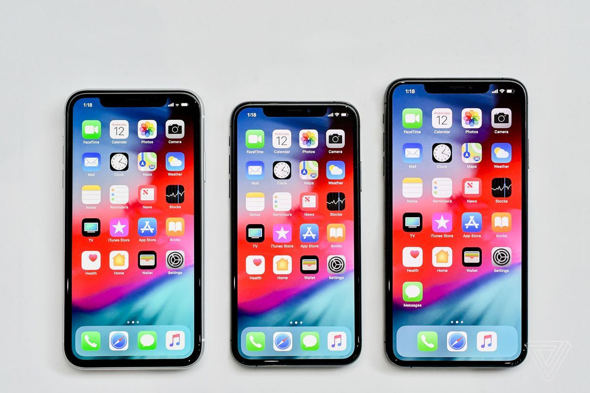 Iphone Xs Vs Xs Max Vs Xr How To Pick Between Apple S Three New Iphone Iphone Deals New Iphone