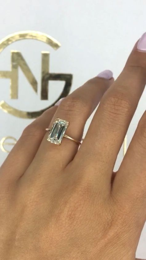 Diamond Engagement Ring, 3.60 Carats Diamond Brida