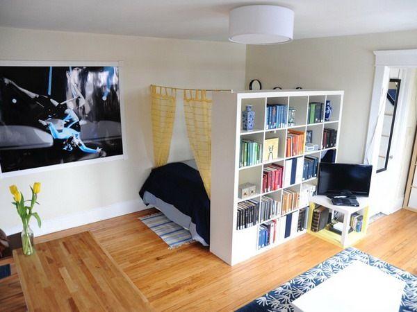 idei izolare pat dormitor garsoniera mica open space 30 mp