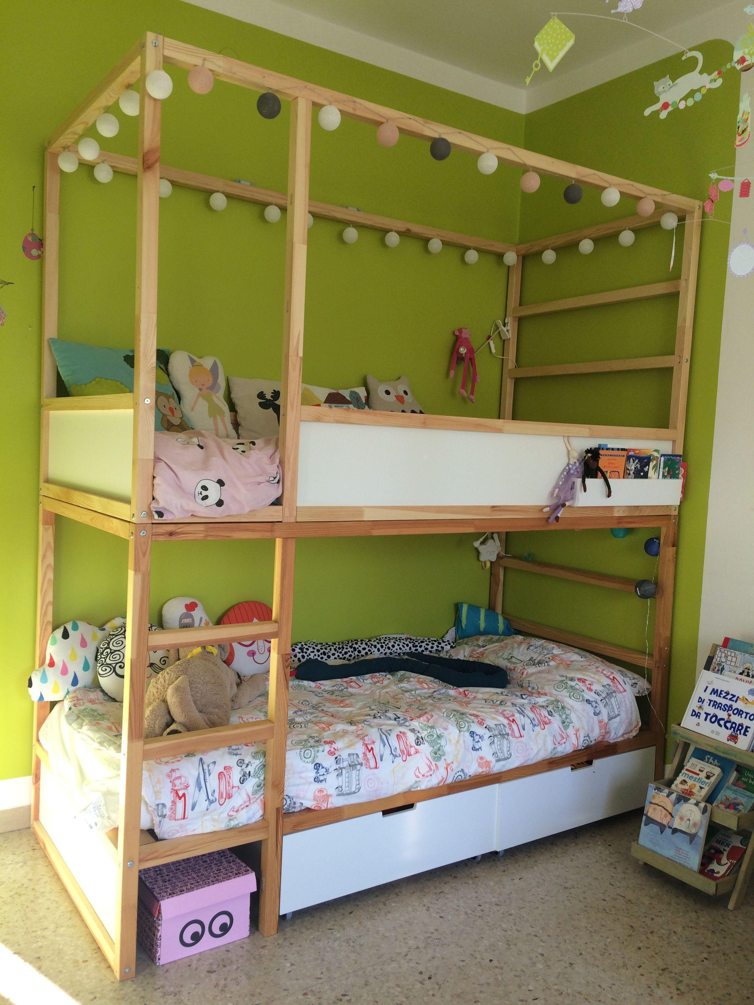 Cama kura con cajones debajo y bolsillo lateral en litera for Cajones bajo cama ikea
