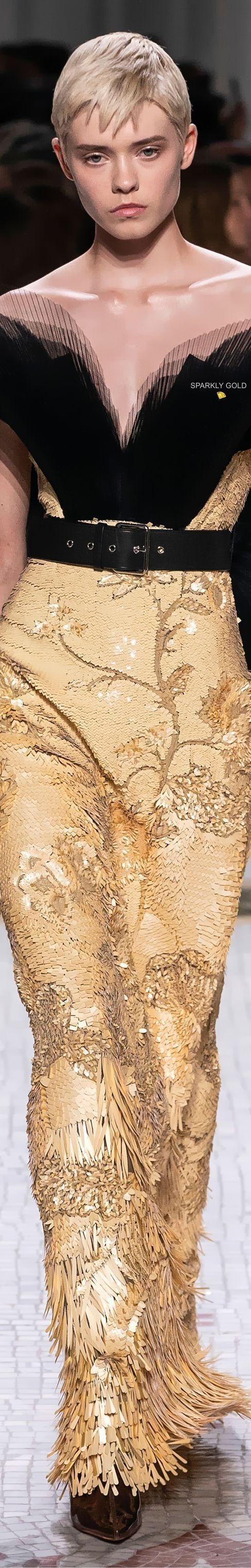 foto de Givenchy fall 2019 couture Saison 2