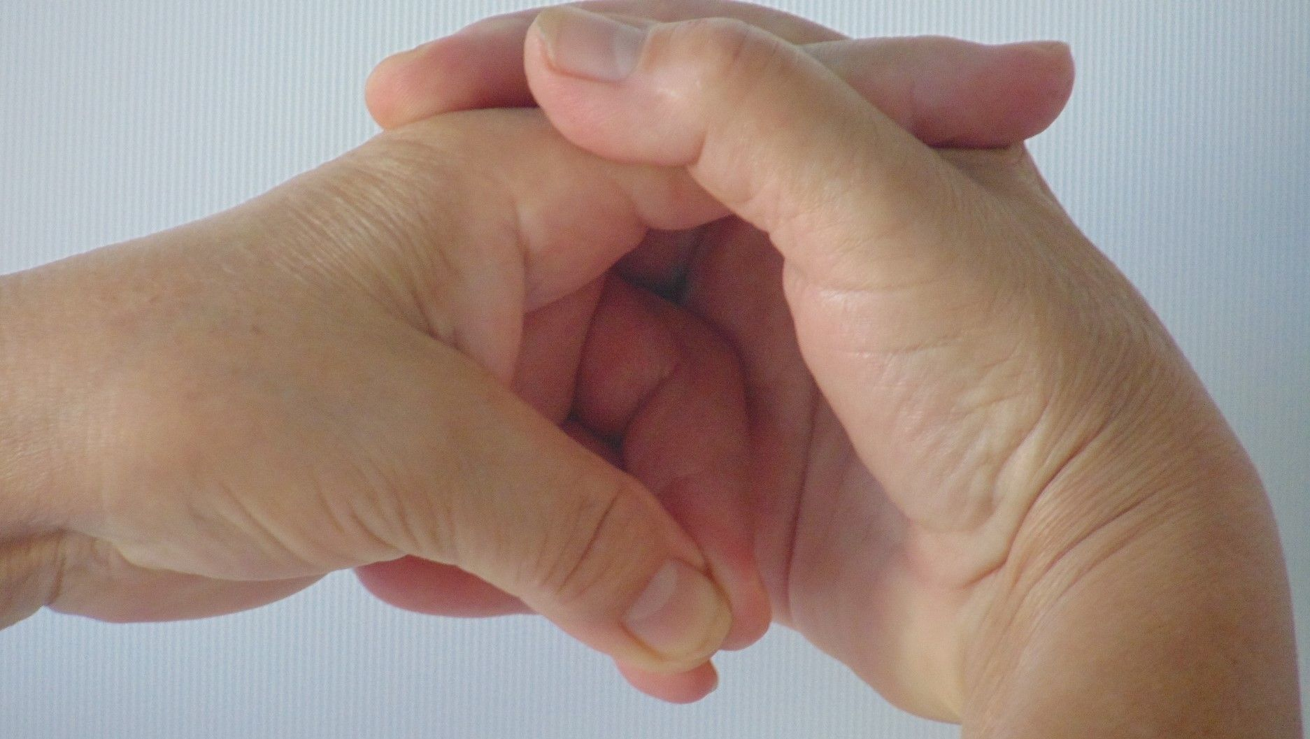 mint az izmok és ízületek fájdalmait kezeli bokaízület hogyan kell kezelni