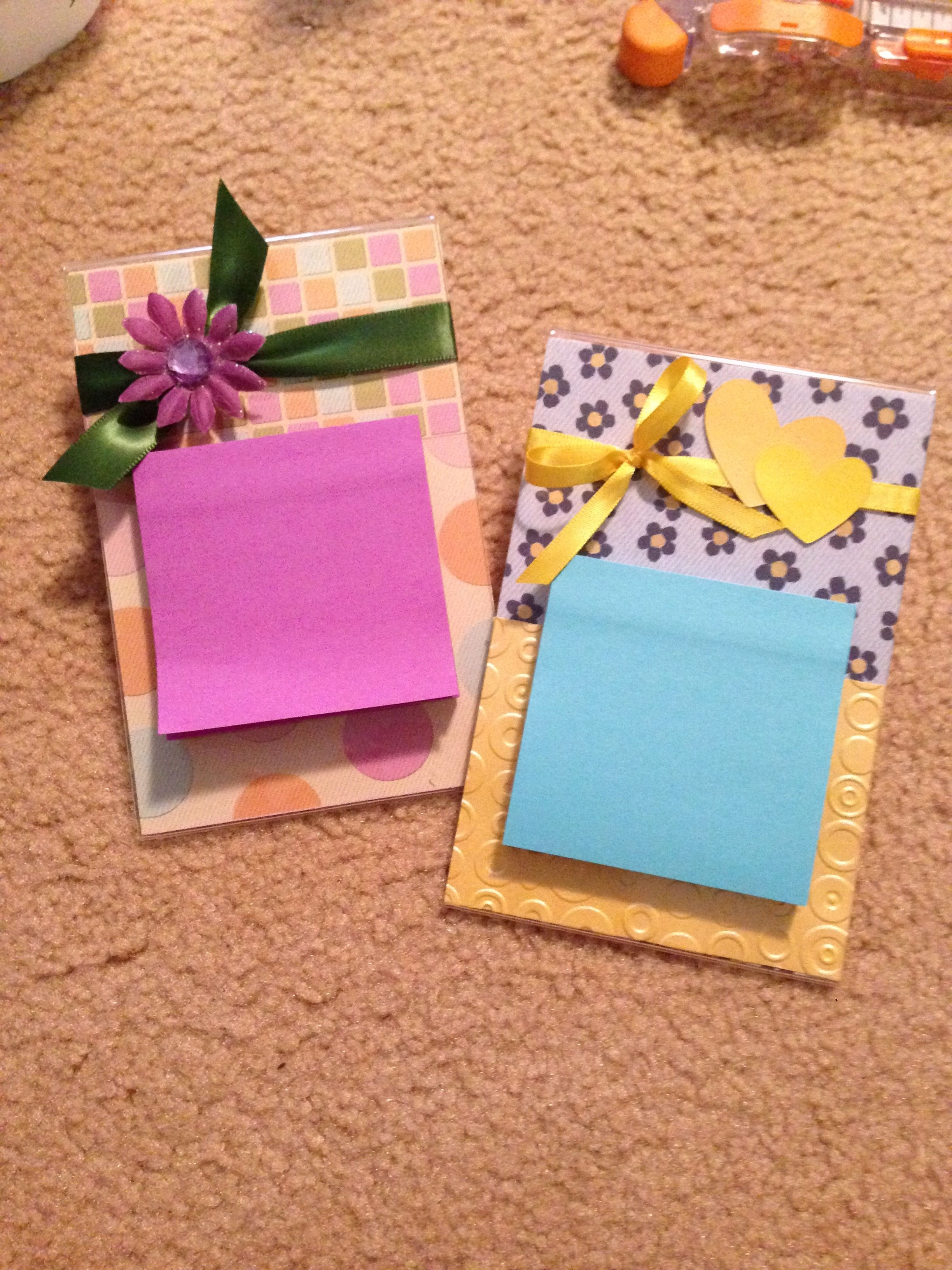 Cute gift ideas for office employees. Post-it note stand ...