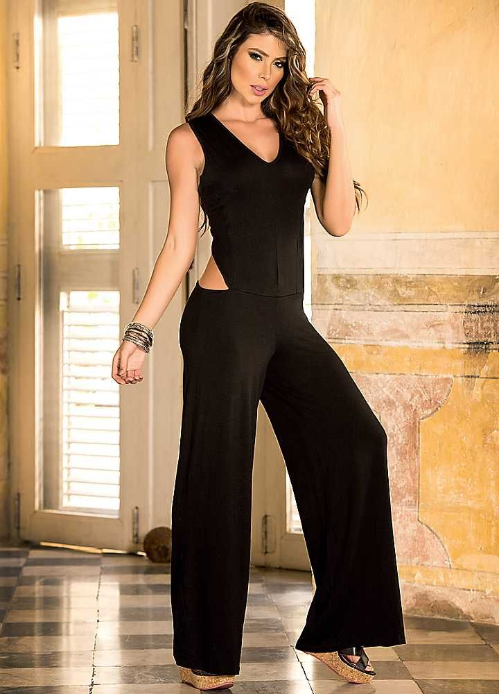 AM/PM Jumpsuit in Black - great choice for NYE #Freemans #befabulous