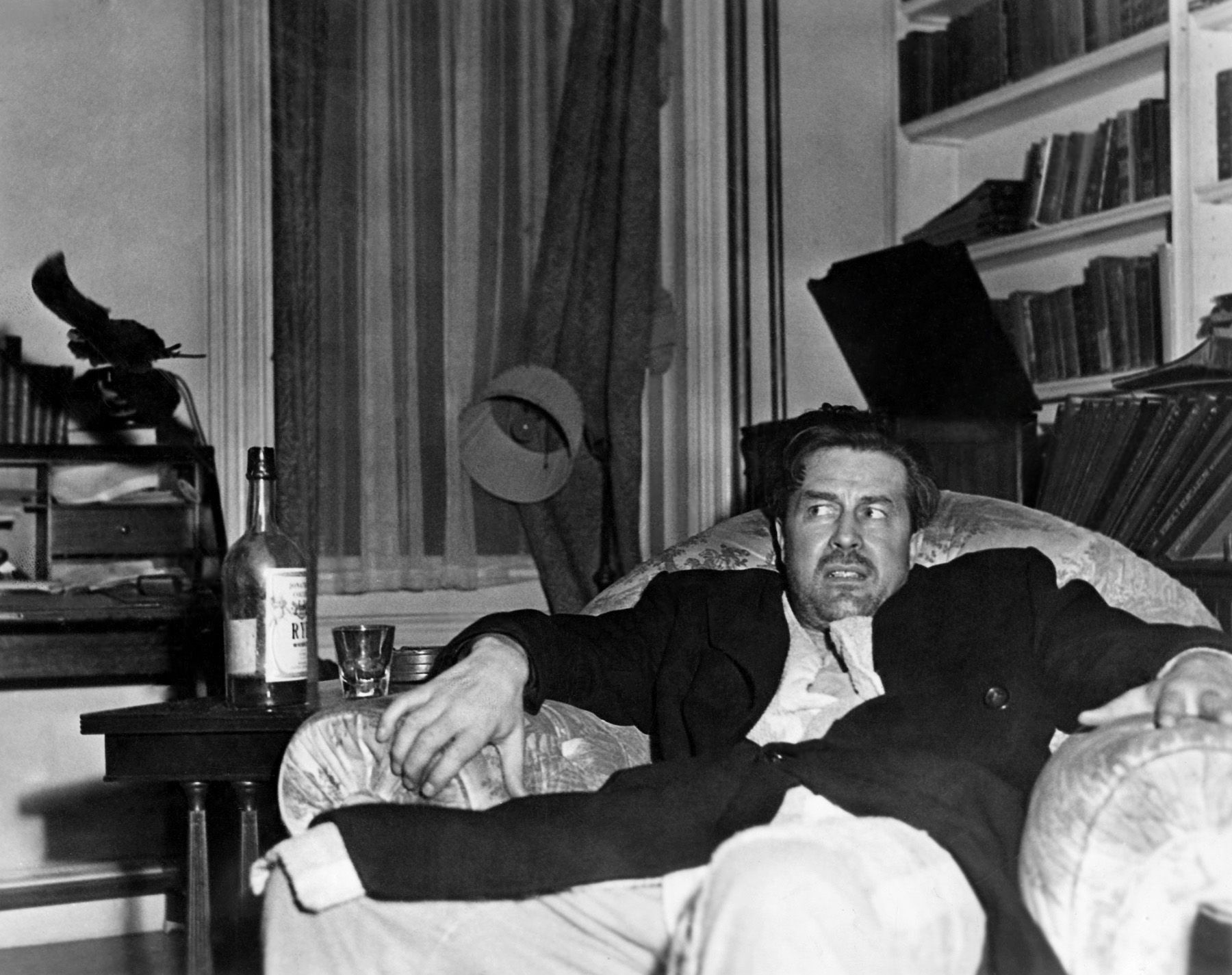 Ray Milland As Alcoholic Don Birnham In Billy Wilders The Lost Weekend Best Actor Oscar