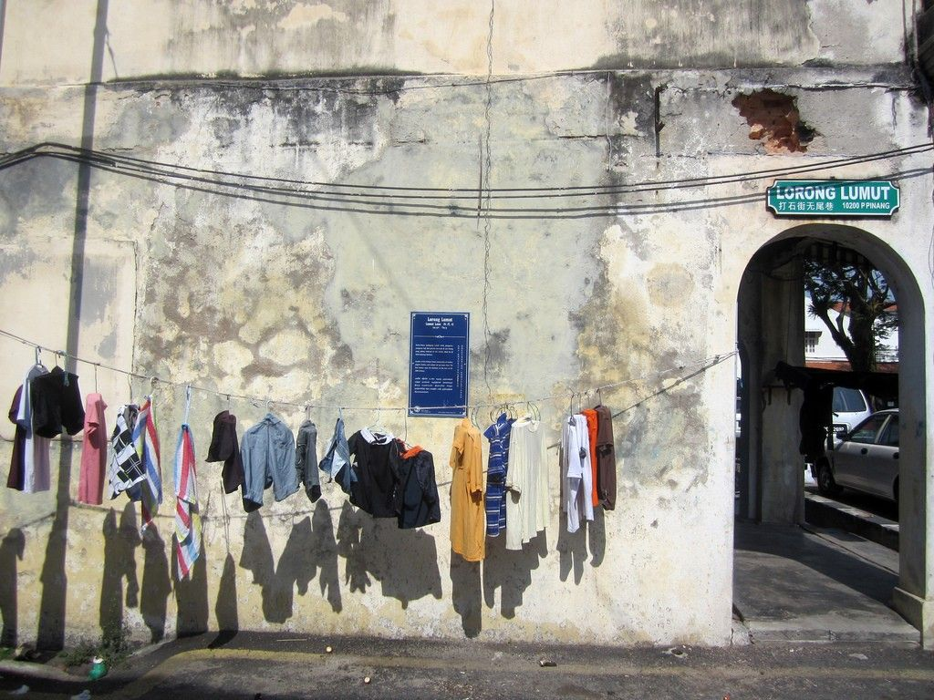 where to the street art in georgetown penang map street clothes drying in the sun unmissable street art in georgetown penang