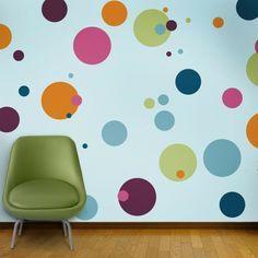 Wandmalerei Kinderzimmer Farbige Kreise An Der Wand Malen Grüner Sessel