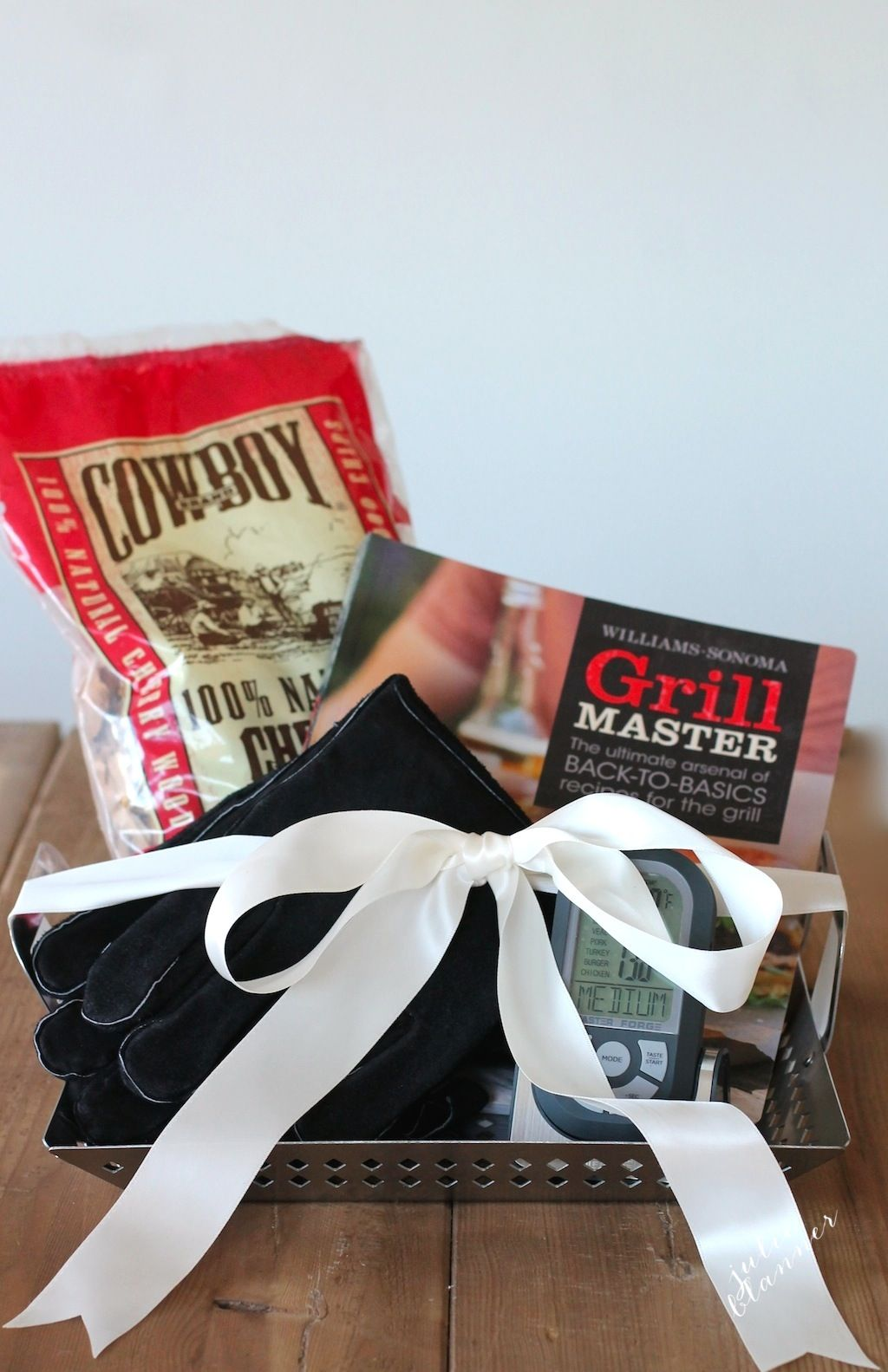 6 great gifts in a basket, including this Grilling Gift Basket Idea