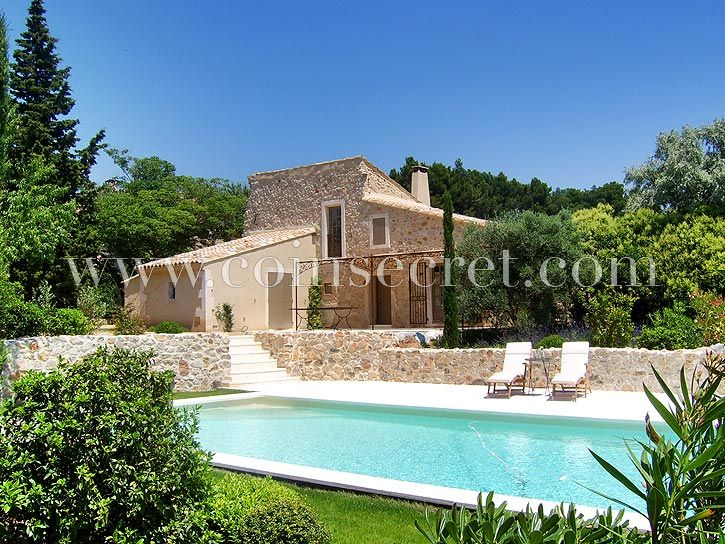 Stunning vacation rental, Bonnieux, #Provence, South of #France