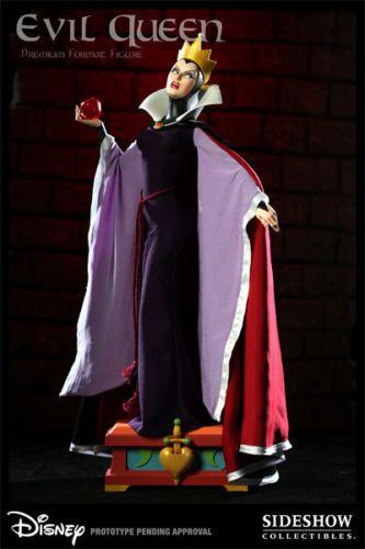 Sideshow-EXCLUSIVE-Disney-Evil-Queen-Premium-Format-Snow-White
