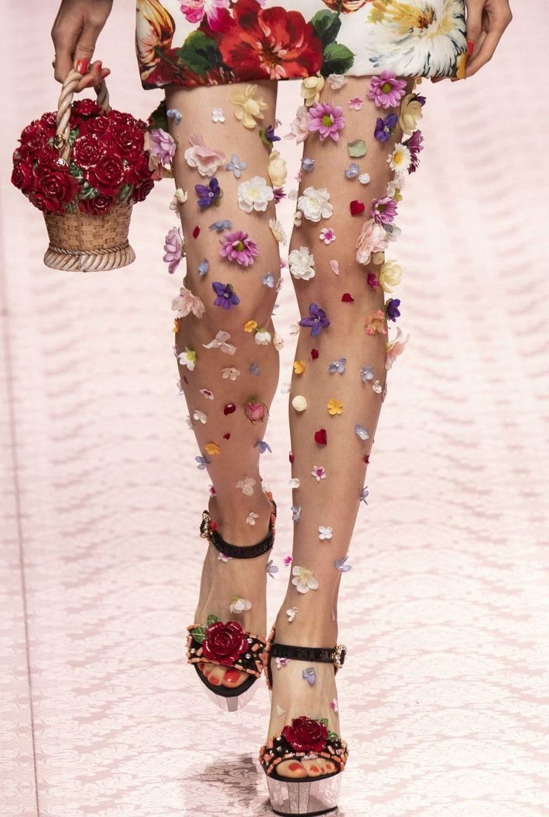 "monsieur-j: ""Dolce & Gabbana S/S 2019 Runway Details "" #runwaydetails"