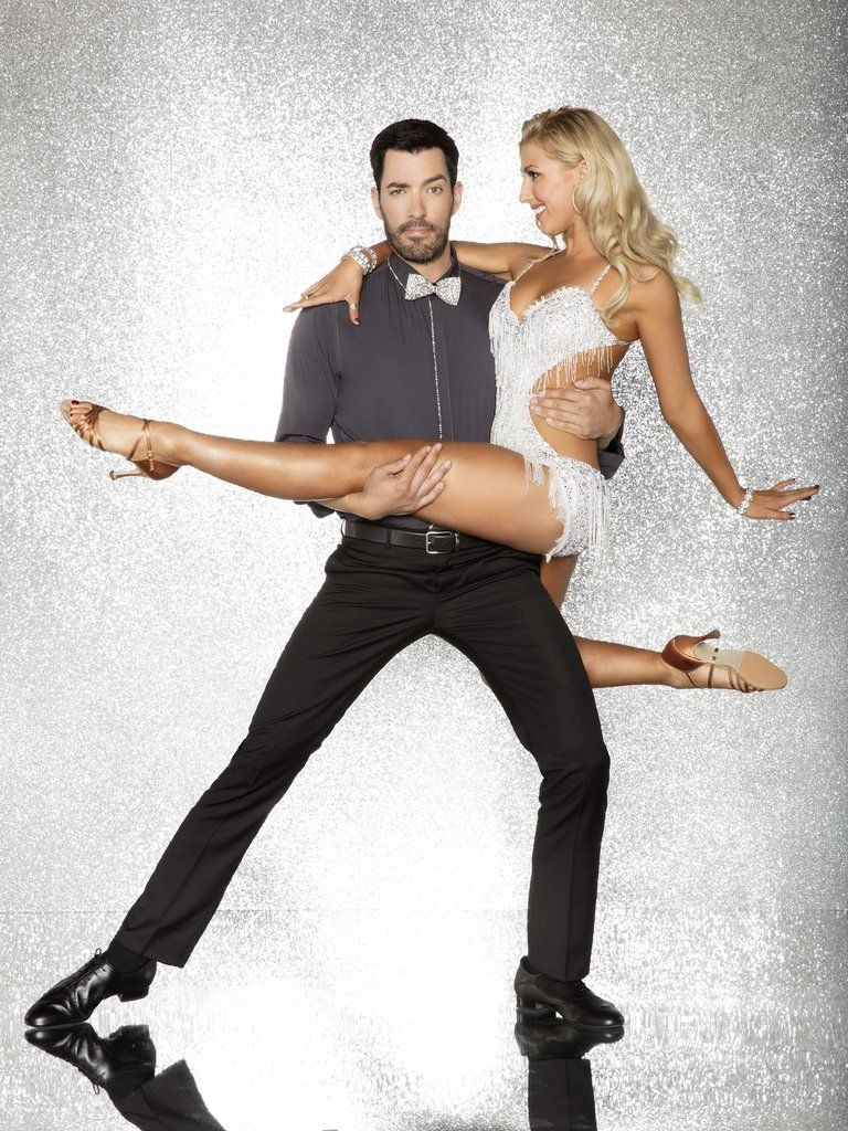 Drew Scott With Emma Slater Dancing With The Stars Dwts Emma Slater