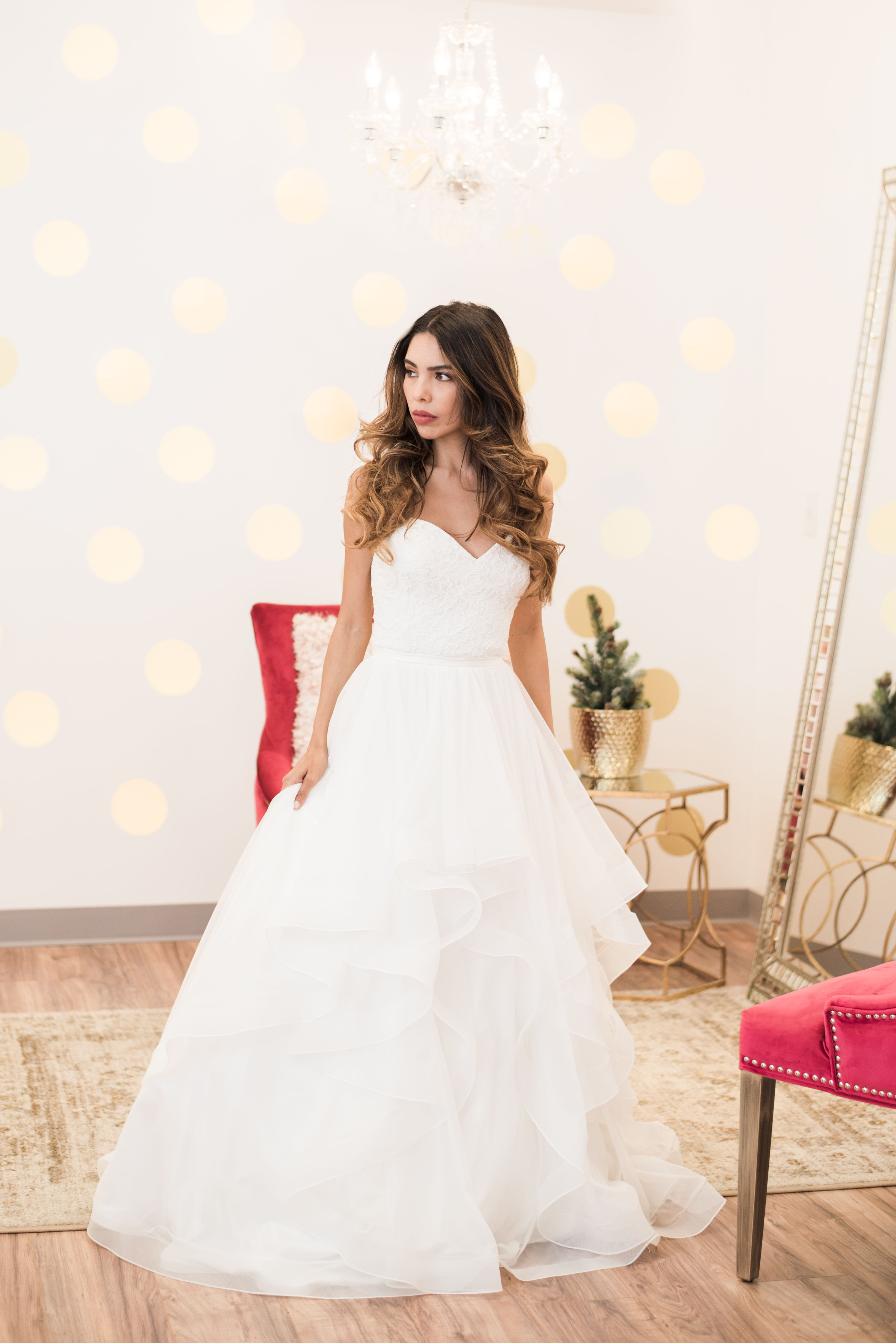 Bride Studio Is Arizona S Trendsetting Bridal Offering A Variety Of Wedding Gowns From Timeless To Modern Designs You Are Sure Find Your Dream