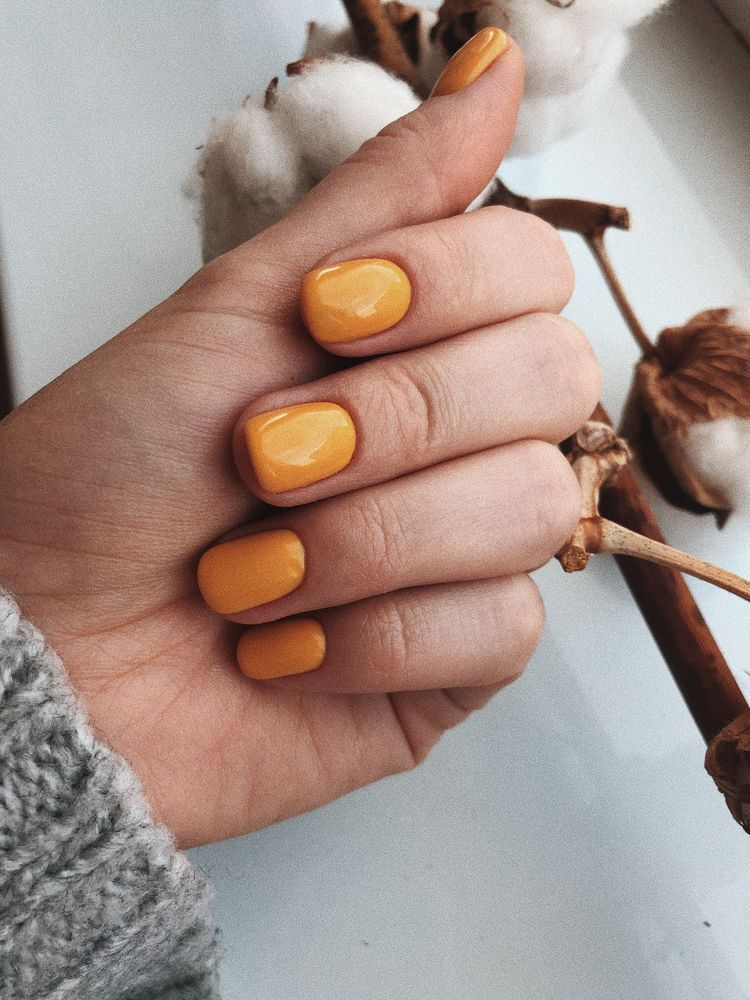 Pin By Amina V On Nail Design Orange Nails Yellow Nails Manicure