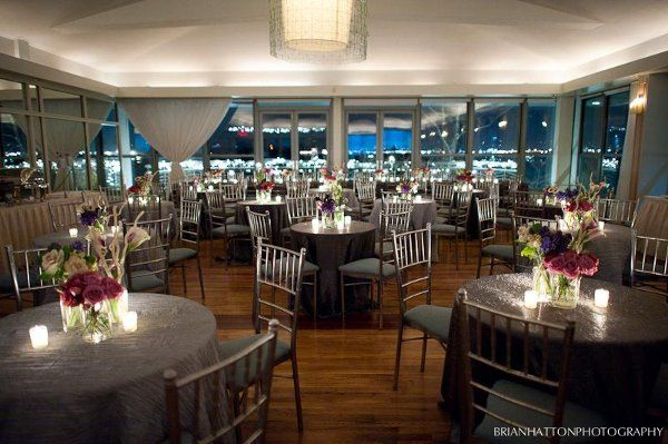 Grey Textured Linens Winter Wedding At Battery Gardens Nyc Pink Centerpieces Wedding Cake Photos Here Comes The Bride