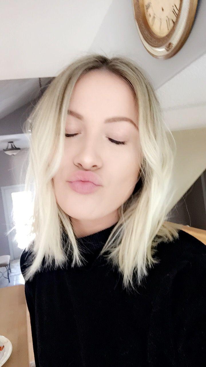 Blonde long bob - platinum blonde short hair