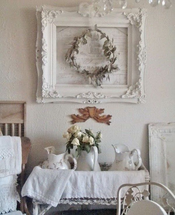 Vintage Frame and Wreaths In The Dining Room.