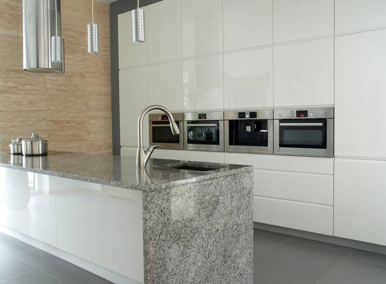 Granit Arbeitsplatte aus Viscount White Plattenlängen bis 320 cm