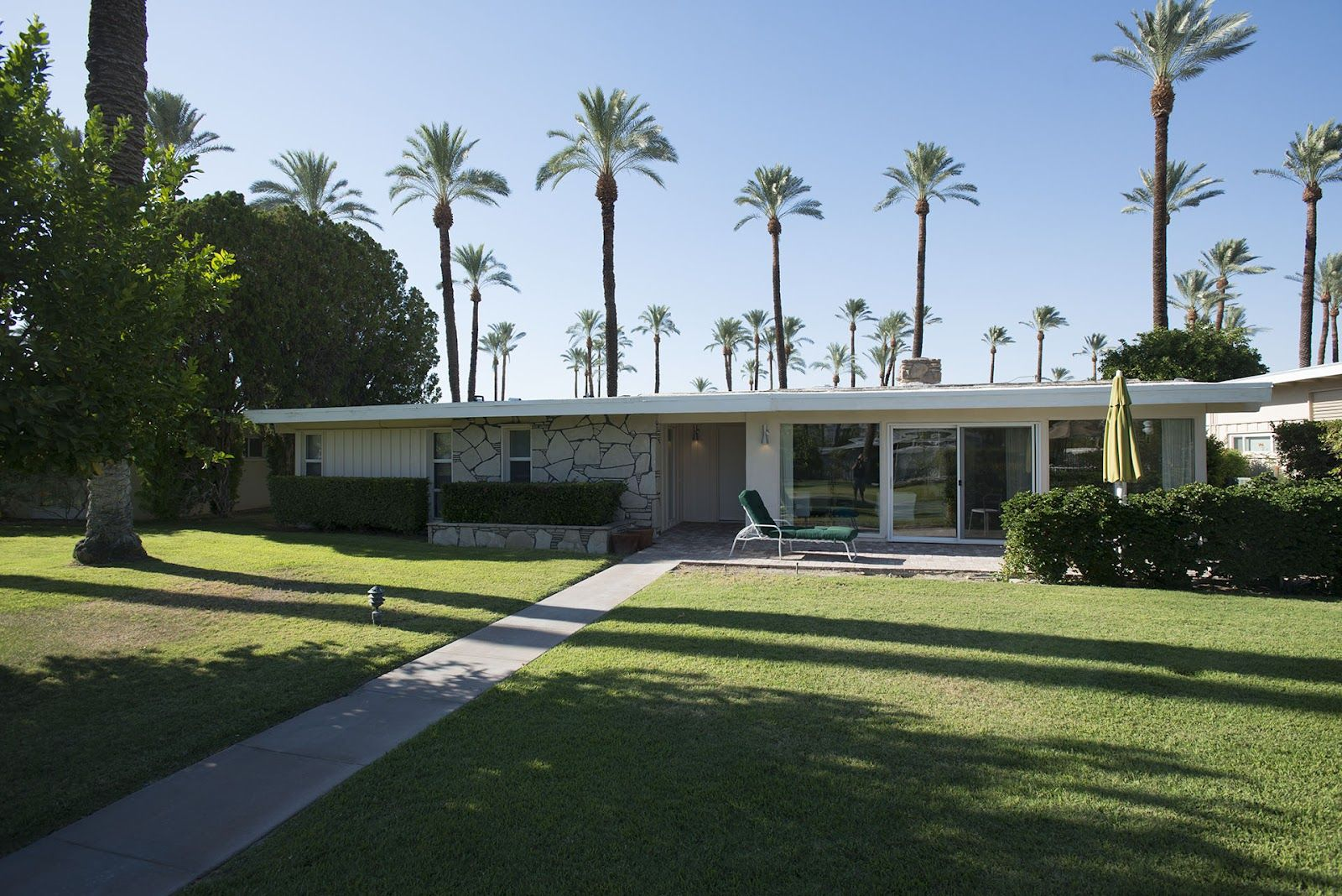 Mid Century Modern Homes   ... Floors: some shining examples of ...