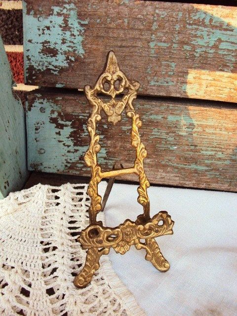 Vintage Brass Easel Picture Plate Stand Display Baroque Ornate Antique Gold Patina Metal Rococo & Vintage Brass Easel Picture Plate Stand Display Baroque Ornate ...