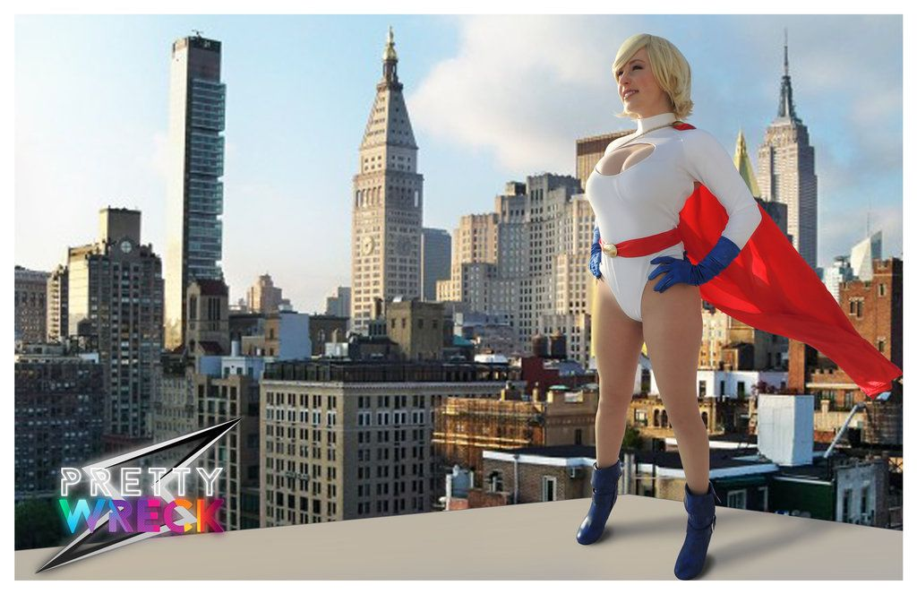 Character: Power Girl (Kara Zor-L, aka Karen Starr) / From: DC Comics 'Power Girl' & 'Justice Society of America' / Cosplayer: Emma Desbiens (aka PrettyWreckk, aka PrettyWreck Cosplay)
