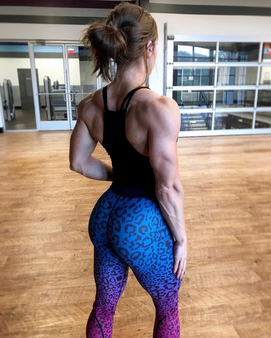 Female bodybuilder jerk #14