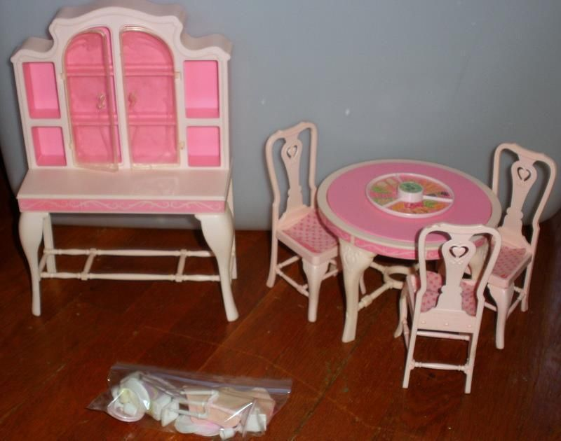 1984 Mattel Barbie Dining Room Table With Chairs Hutch And Accessories