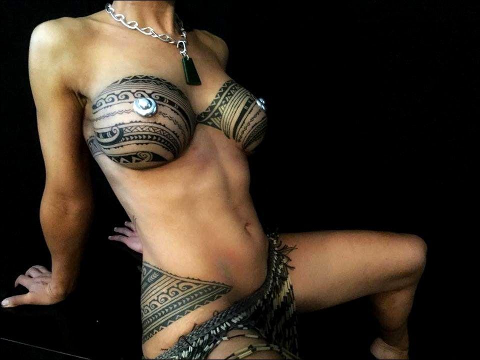 Nude maori girls