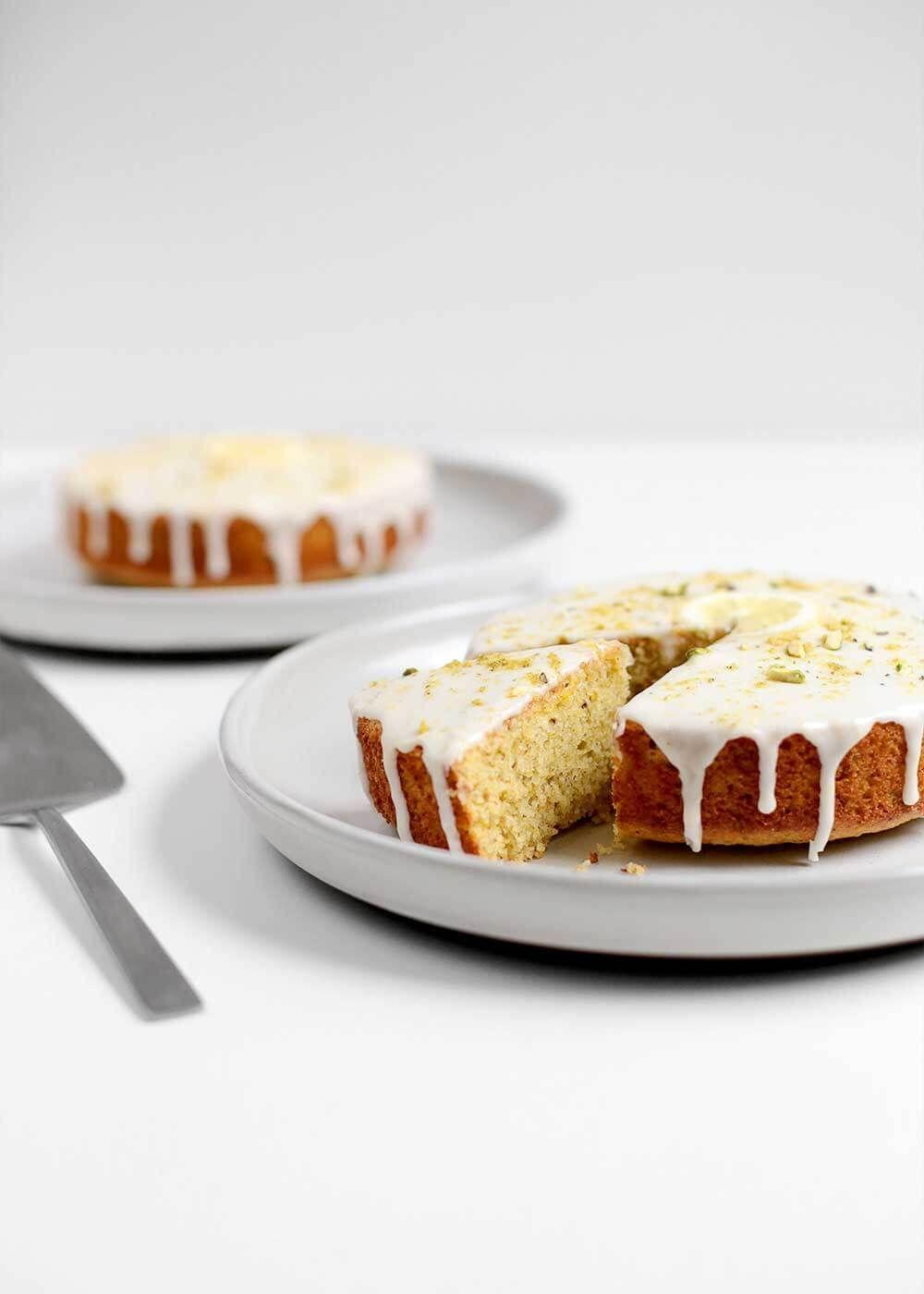 Lemon Olive Oil Pistachio Cake #oliveoils