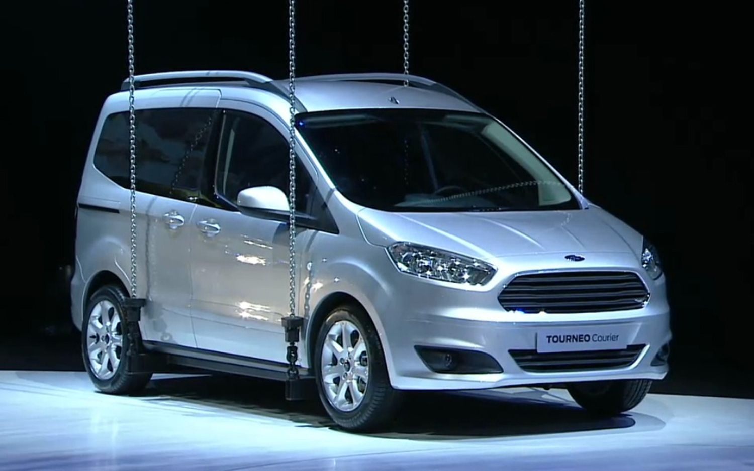Ford tourneo courier pictures to pin on pinterest - A Dan Z Ye 2012 Paris Motor Show Ford Tourneo Courier