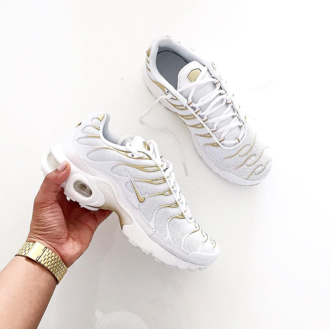 hot sale online 192c6 2e988 Sneakers femme - Nike Air Max TN (©francia t)