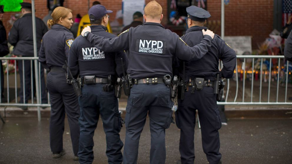 Nyc Police Threatened 40 Times Since 2 Cops Killed Police Police Officer Nypd