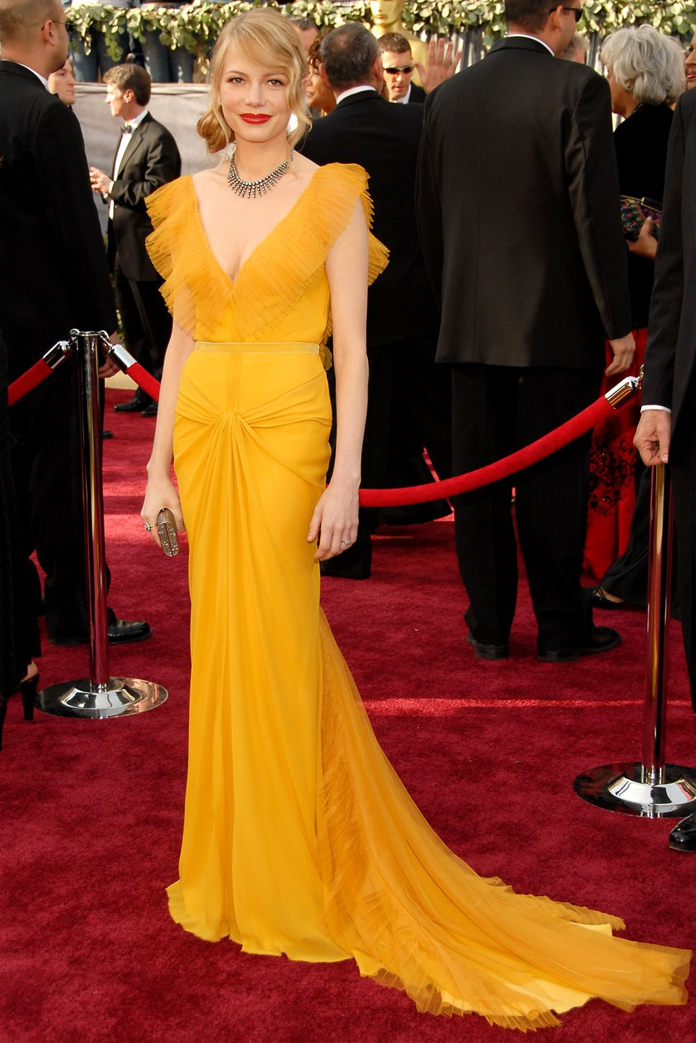 Michelle Williams in Vera Wang at the 2006 Oscars