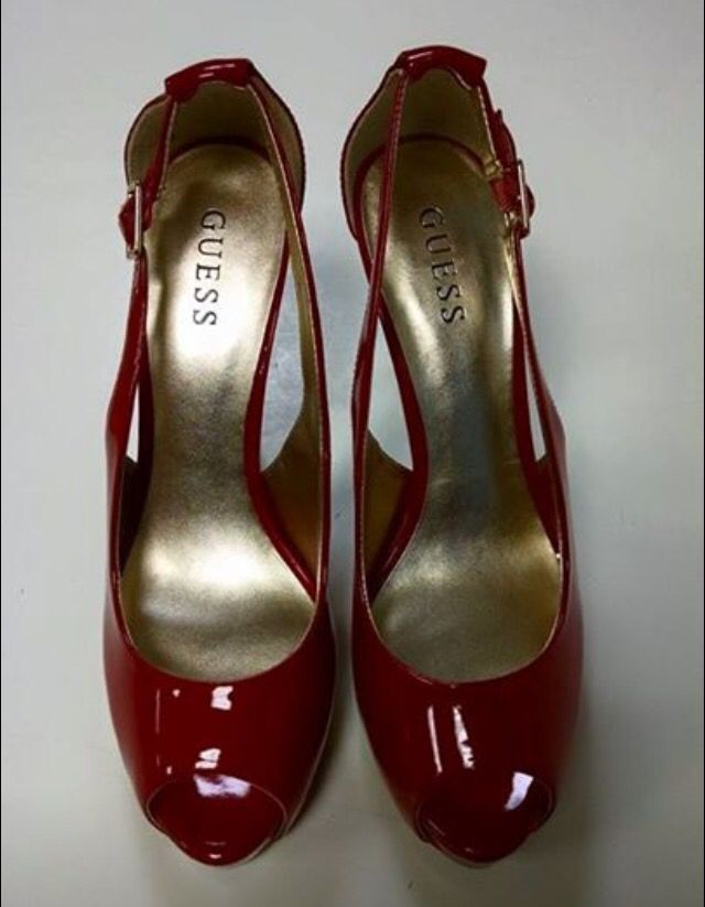 Guess, size 10--NEW