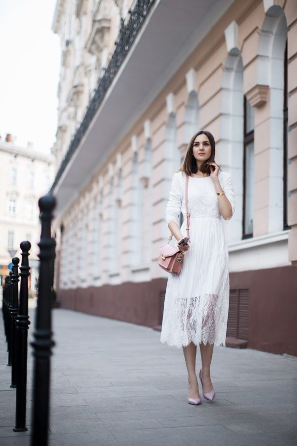 40 Gorgeous Lace White Dresses For Every Girl0431
