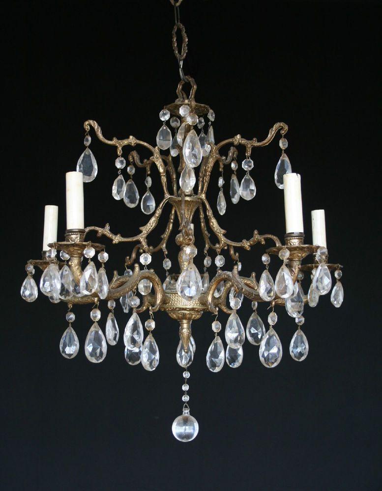ANTIQUE VINTAGE MADE IN SPAIN BRASS 5 LIGHT CHANDELIER WITH 65 CRYSTALS - Antique Vintage Made In Spain Brass 5 Light Chandelier With 65