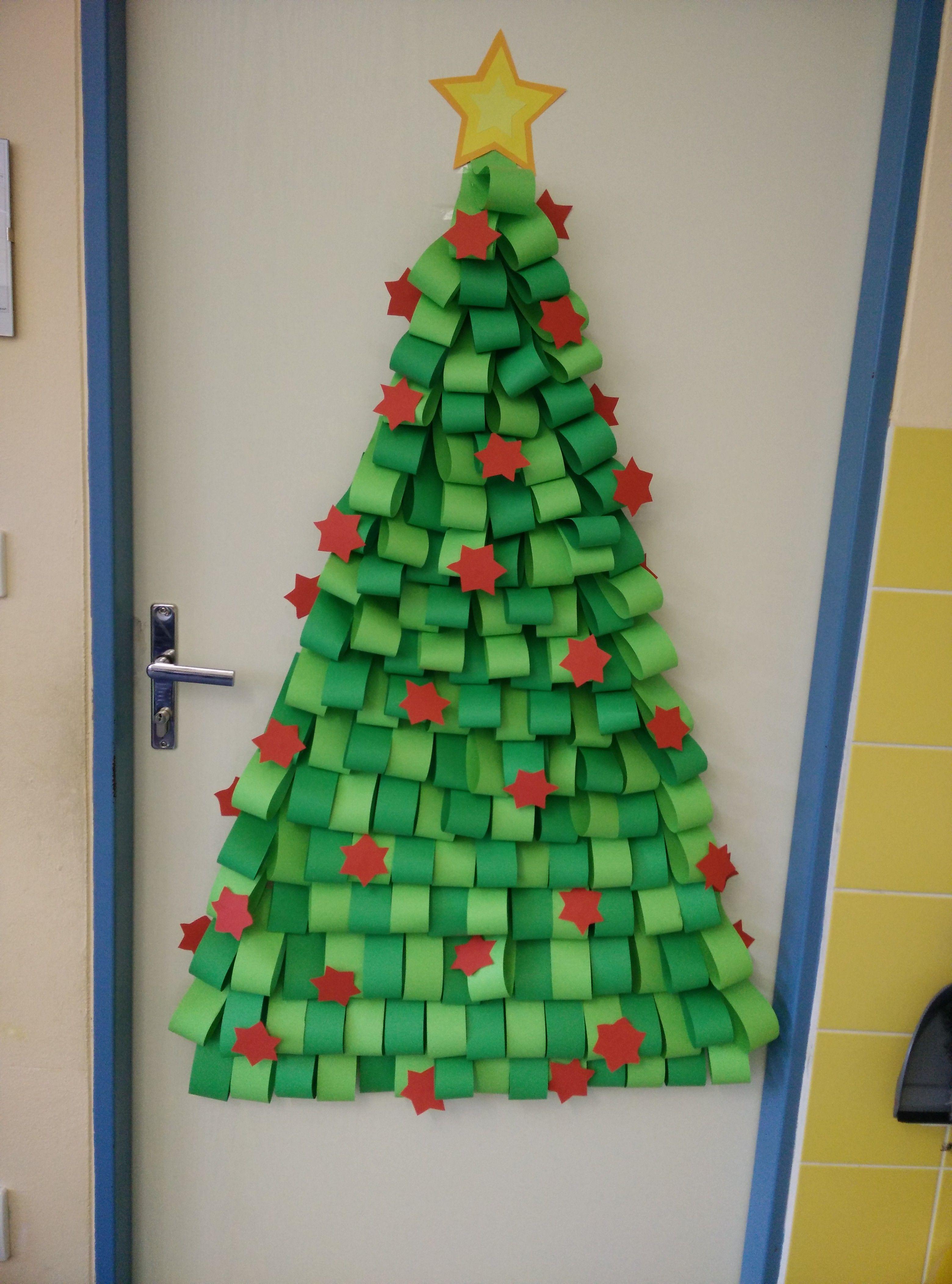 Pin de carmen arg ello en nadal decoracion navidad for Decoracion puerta aula infantil