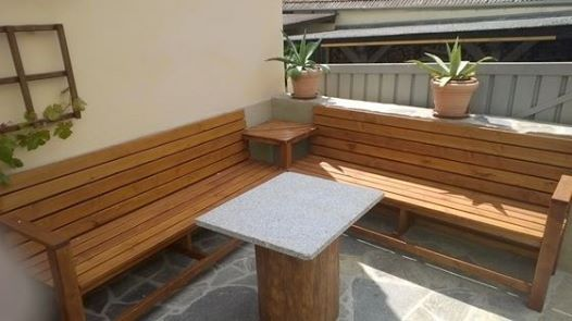 Enjoy your evenings on a cosy corner bench    www1-2-do - gartenbank selber bauen bauanleitung