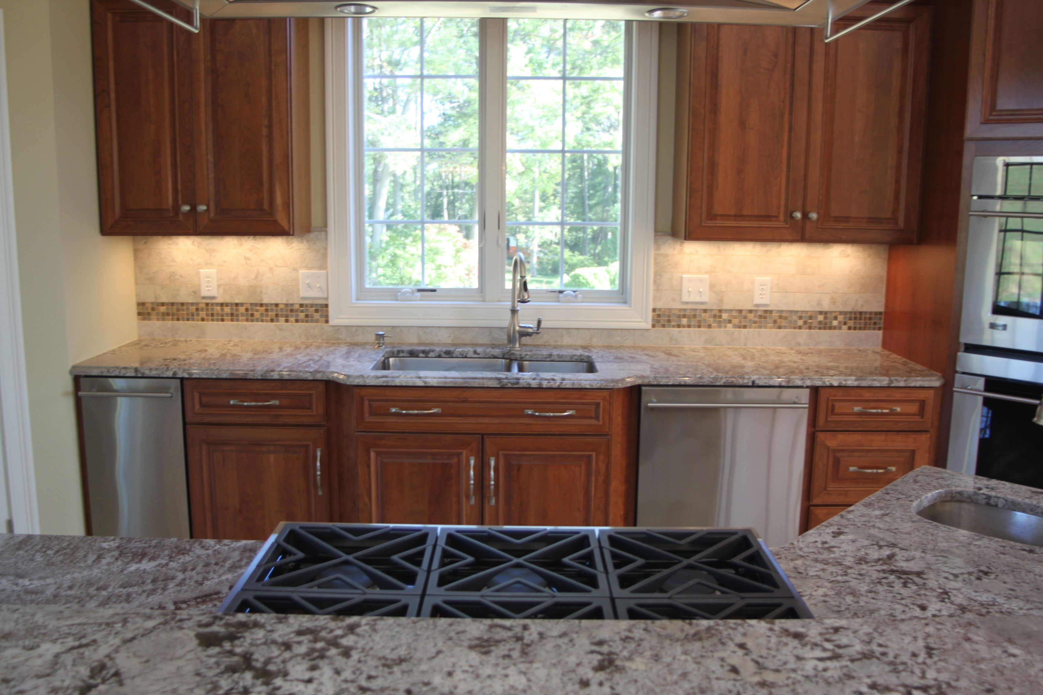 Matching Kitchen Flooring And Countertops   Flooring Ideas in 9 ...
