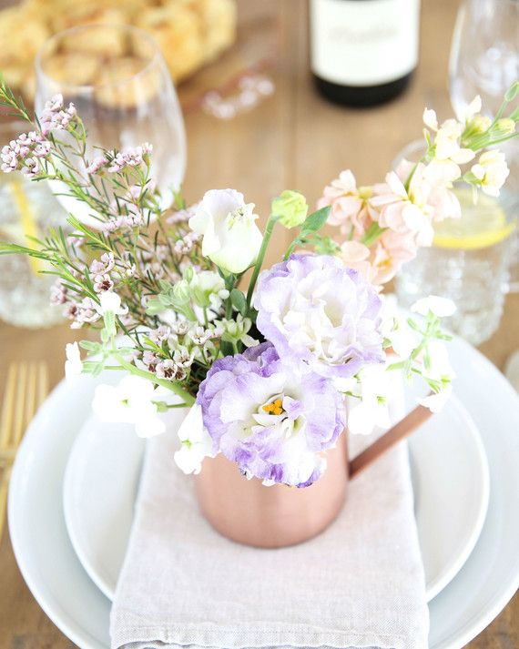 9 Effortlessly-Elegant Easter Centerpieces Place setting, Floral