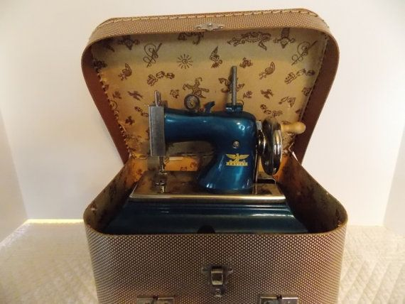 Charming Child's Sewing Machine in Case by Inthethicket on Etsy