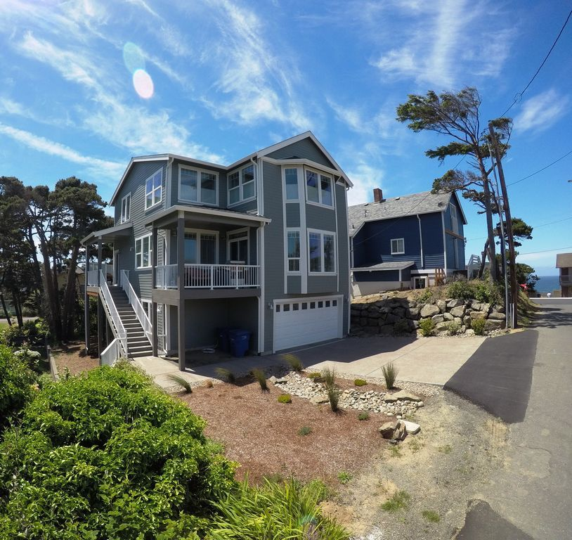 Grey Seal Lincoln City Luxury Homes Vacation