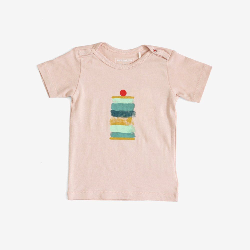 Creamy soft petal pink organic cotton tee with the biggest, yummiest ice cream sandwich EVER. Features snaps at shoulders in infant sizes. See also Treats tee. - Materials: 95% Organic Cotton, 5% Elas