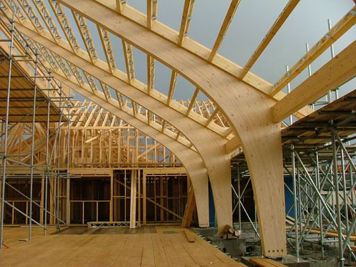 Curved Profile Structure At Straight Or Kinked Canopy Roof