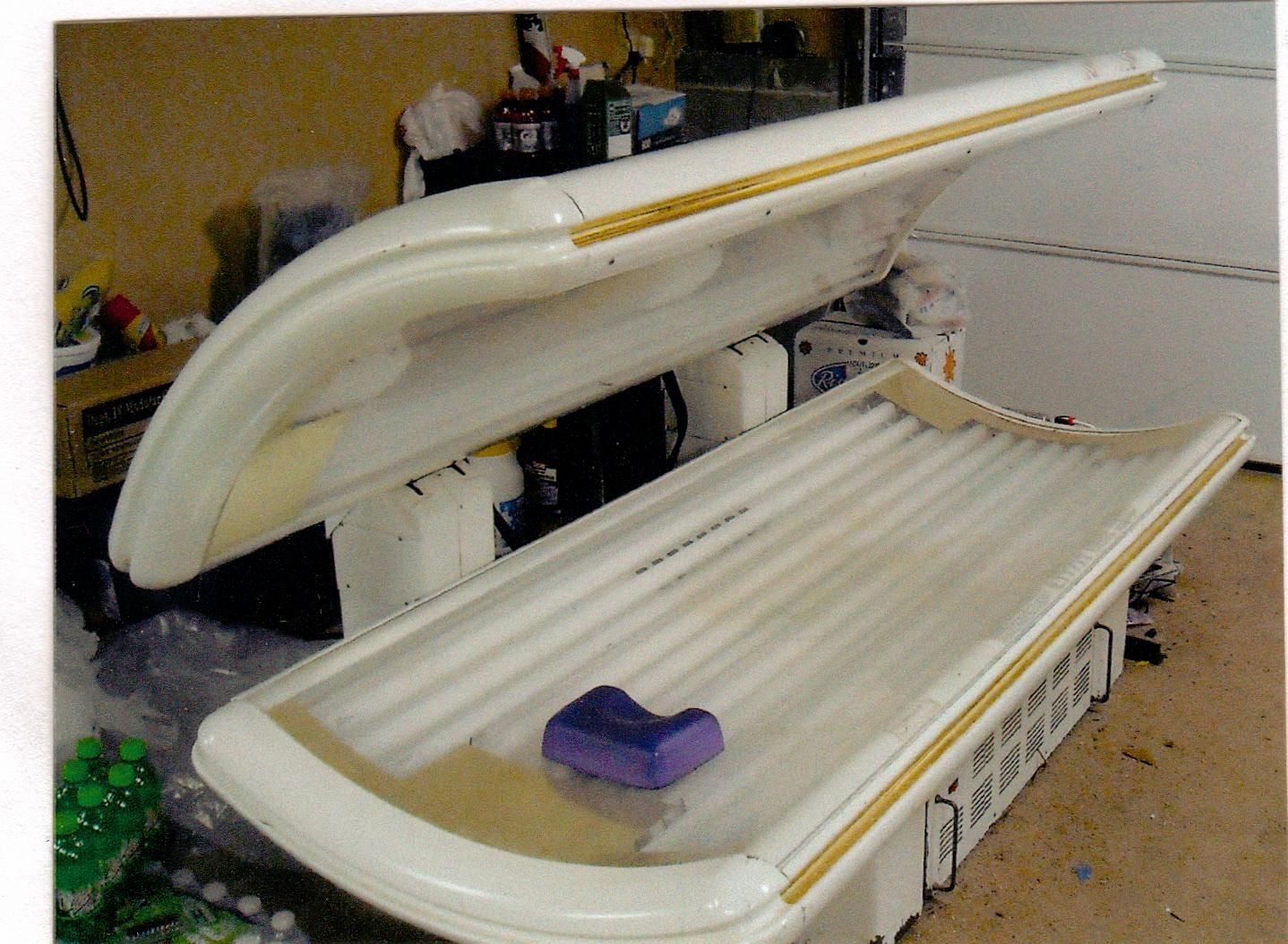 Sundash Tanning Bed In Tanning Bed S Garage Sale Dallas Ga Tanning Bed Garage Sales Garage