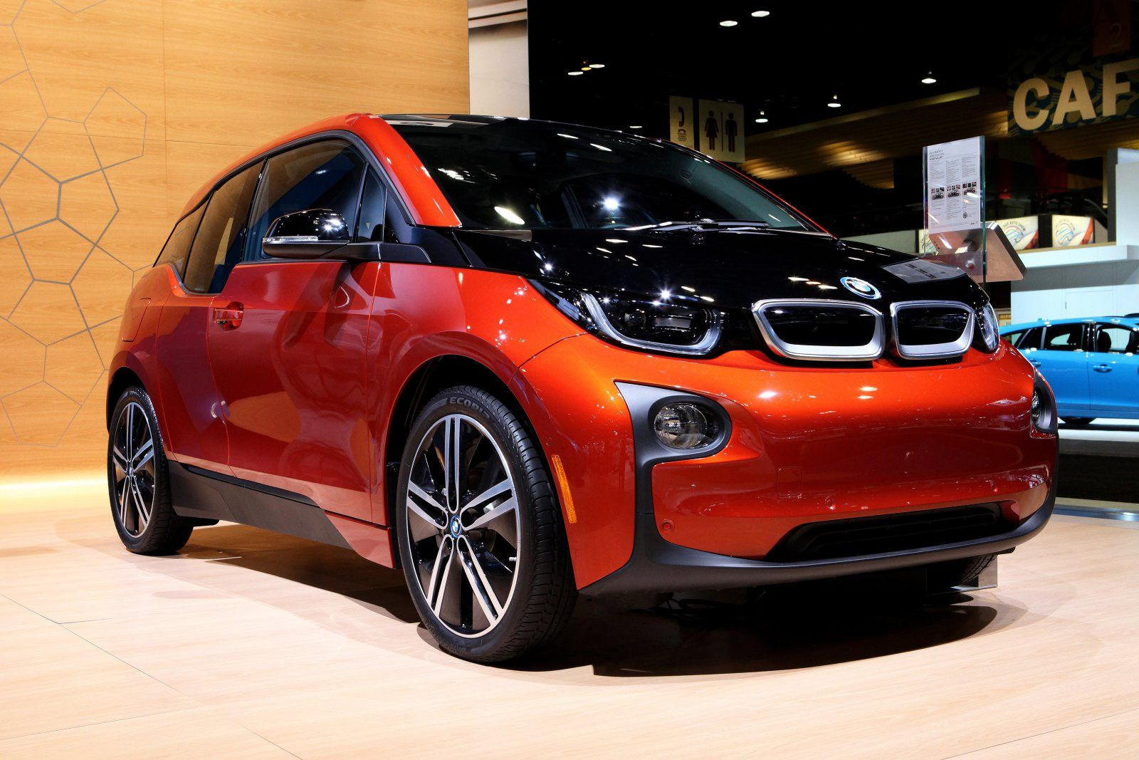 BMW reportedly unveils an i3 redesign in 2017 - https://www.aivanet.com/2016/11/bmw-reportedly-unveils-an-i3-redesign-in-2017/