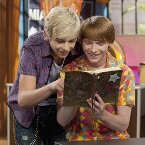 Austin and Dez read Ally's notebook which is like a diary and Ross finds something very interesting....loling awesome episode .