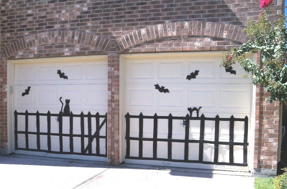Google Image Result for   1bpblogspot/_T-arlQhEsBM - Halloween Garage Door Decorations