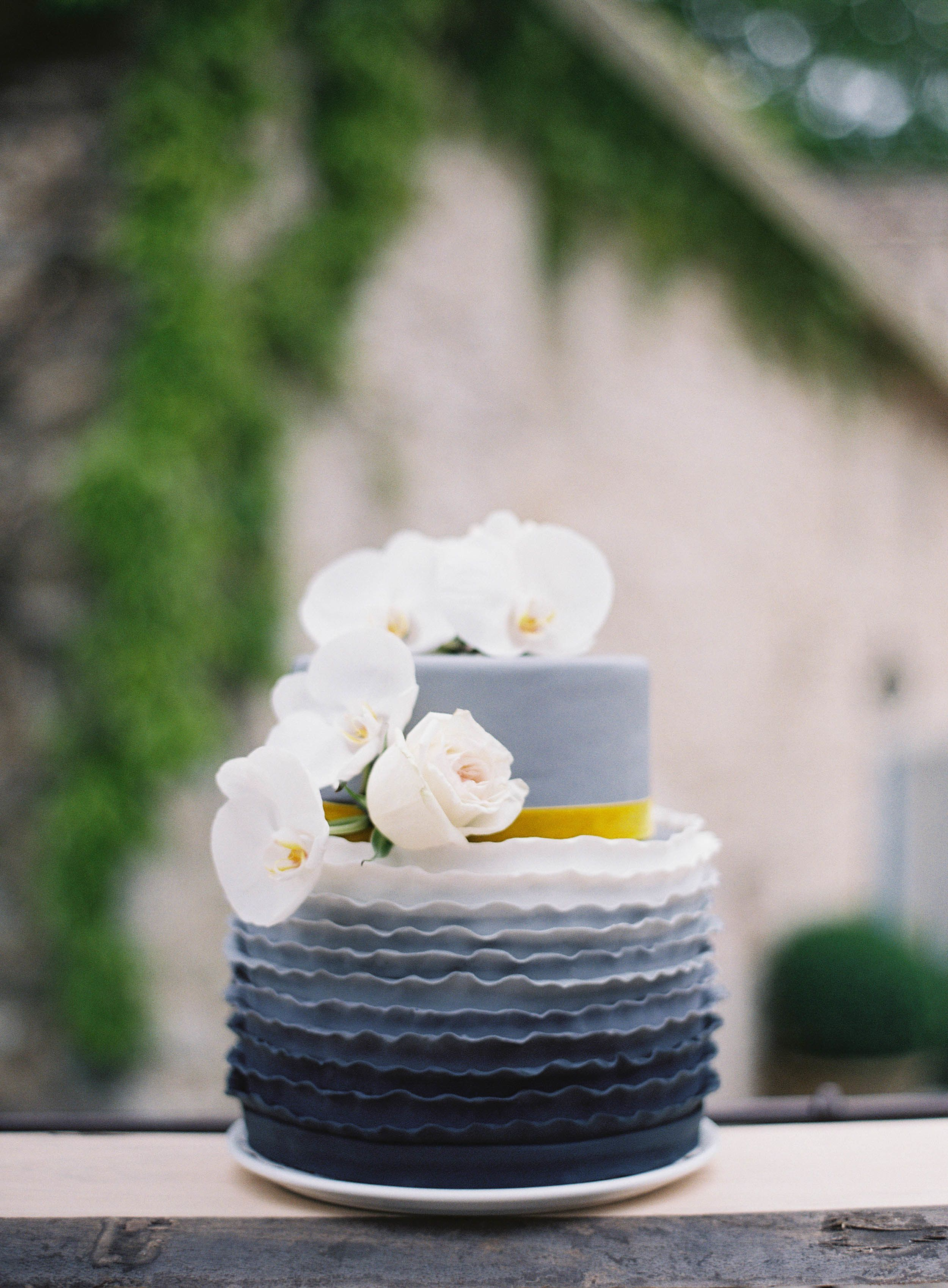 Photography: Greg Finck Photography - gregfinck.com Read More: http://www.stylemepretty.com/destination-weddings/france-weddings/2015/05/05/posh-grey-gold-provencal-wedding-inspiration/